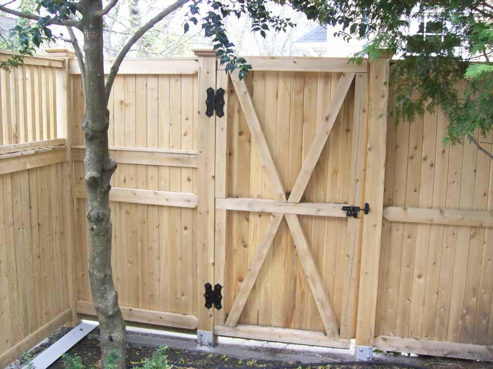 Gates wood the fence man